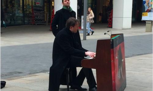 Klavierspieler Leipzig