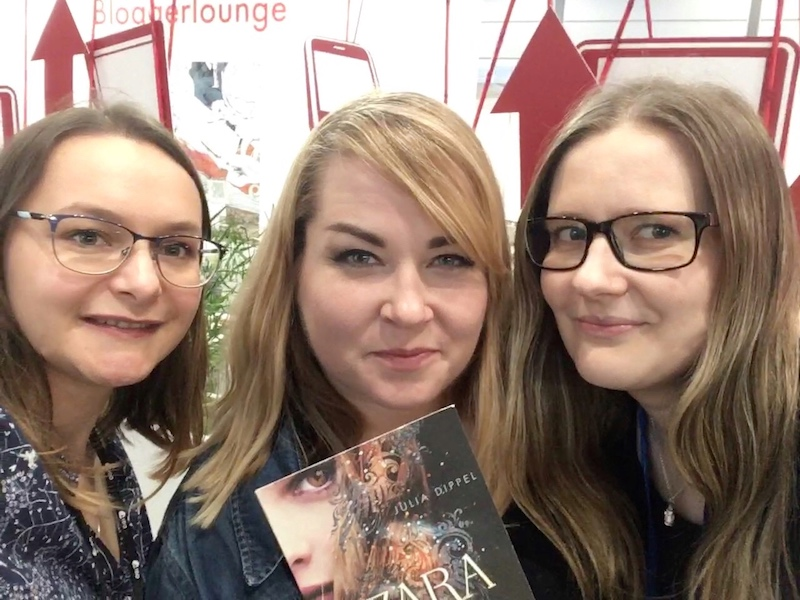 Tintenmeer auf der Leipziger Buchmesse 2018: Sandy, Kristina und Julia Dippel