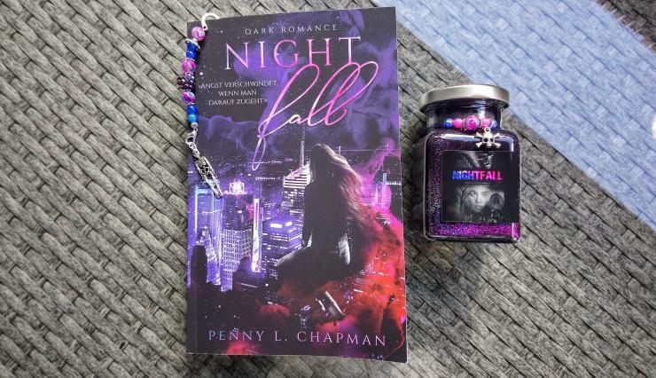 Confined 1 – Nightfall von Penny L. Chapman Aufmacherbild